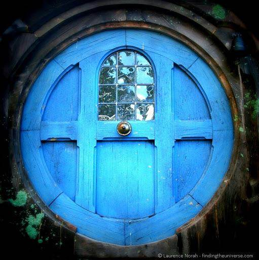 I am seriously considering putting a round door on the downhill side of the 10x10 wofati. There are many ways to do this and there are many that have been ... & designing a round door - hobbit house style (wheaton laboratories ...