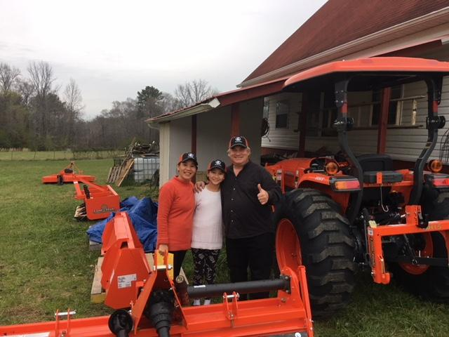 [Thumbnail for tractor-with-family.jpg]