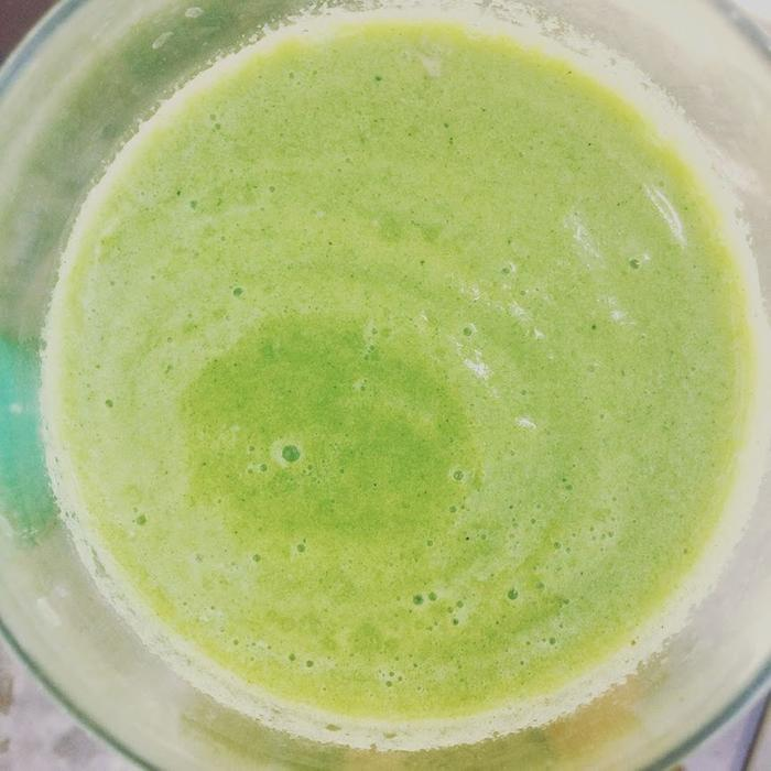 Pineapple nettle smoothie