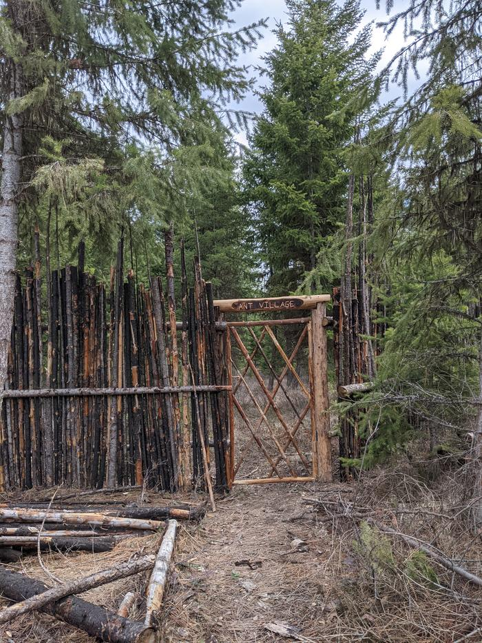 roundwood gate made from logs diamond pattern