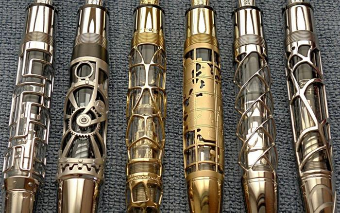 [Thumbnail for Montblanc-steampunk-pen.jpg]