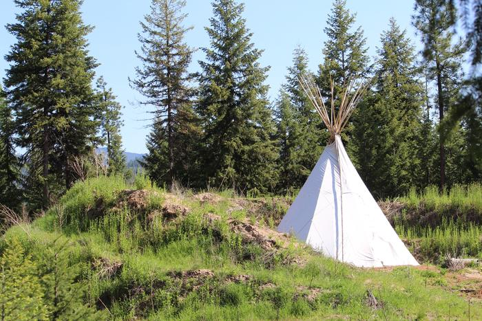 [Thumbnail for tipi-camping-permaculture-montana-rocket-mass-heater.JPG]