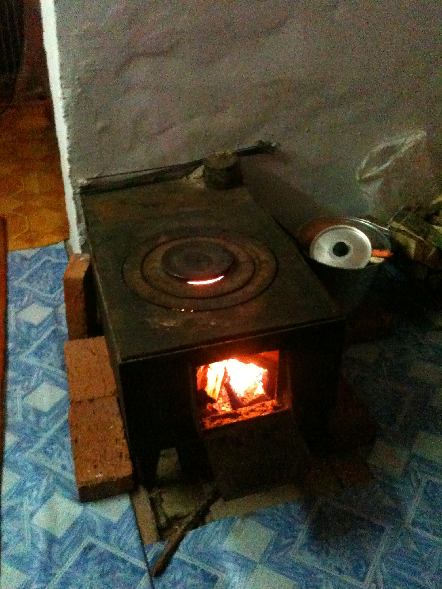 Countertop Rocket Stove : ... wood stove in Mass Heating system (rocket stoves forum at permies