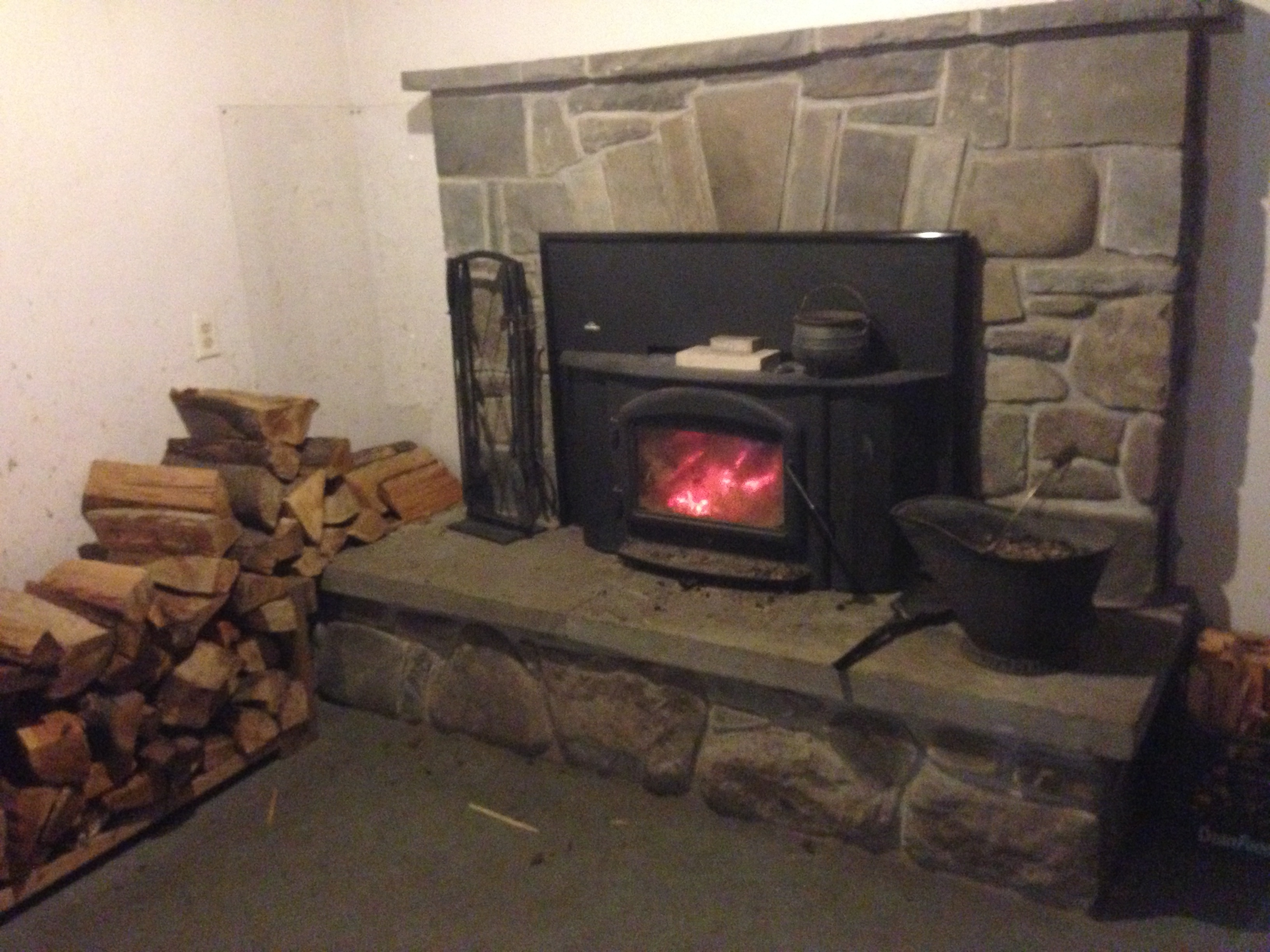 Lets Talk Wood Stoves Exhaust And Chimney Wood Burning