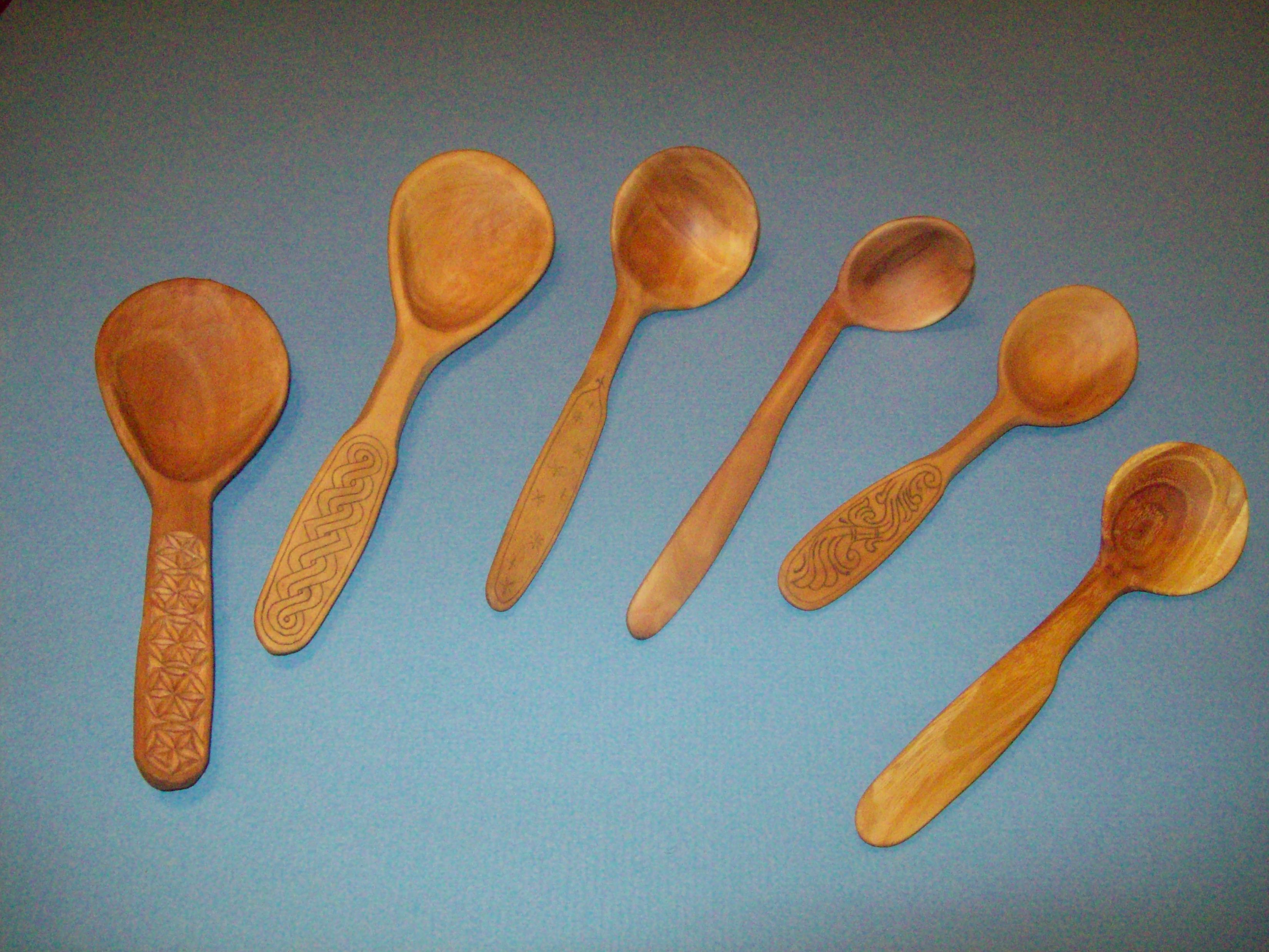 hand carving spoons (woodworking forum at permies)
