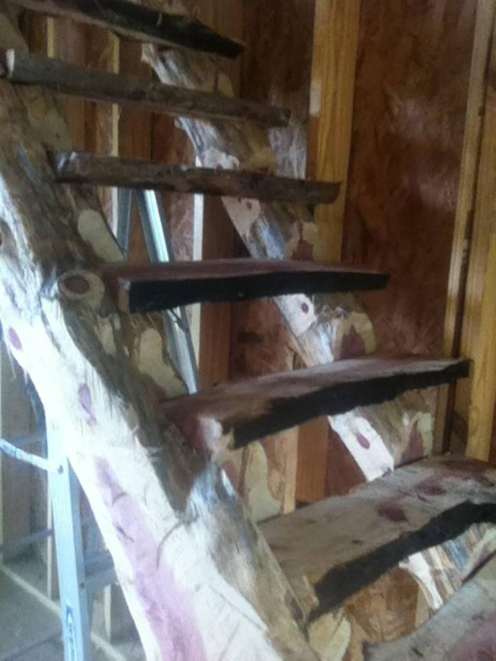[Thumbnail for stairs-before-cedar-post2.jpg]