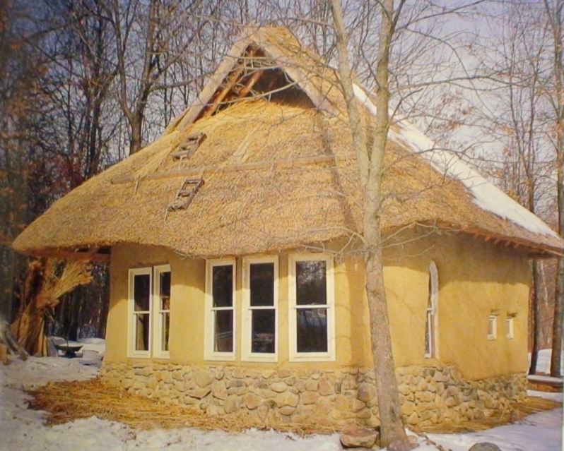 Photos of alternative buildings structures natural for Straw bale home designs