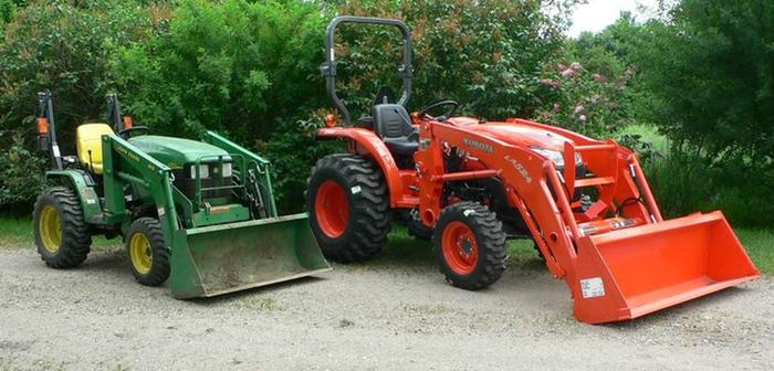[Thumbnail for Deere-Kubota.JPG]