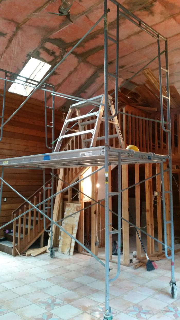 Steel Toe For Scaffolding Boards : Scaffold tent for material storage and first shelter at a