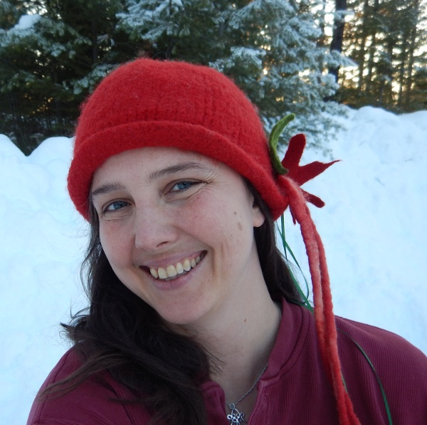 [Thumbnail for DSCN0268-Erica-Winter-Hat.JPG]