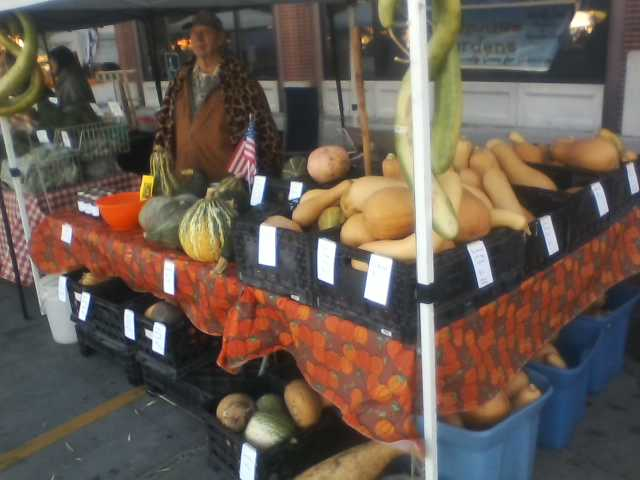 [Thumbnail for farmers-market-booth.jpg]
