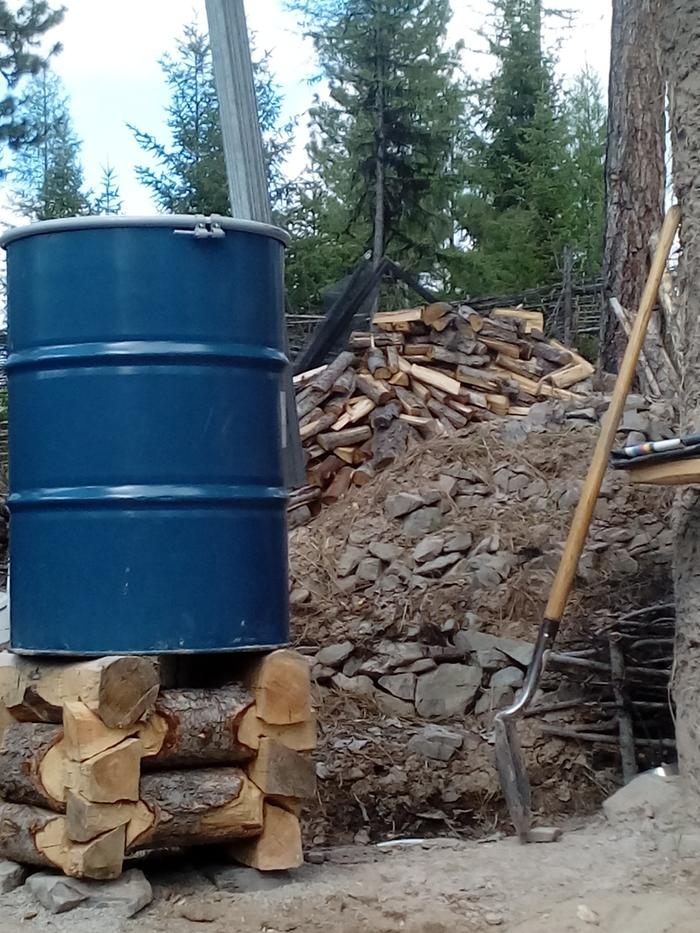 [Thumbnail for notched-round-wood-water-barrel-tower.jpg]