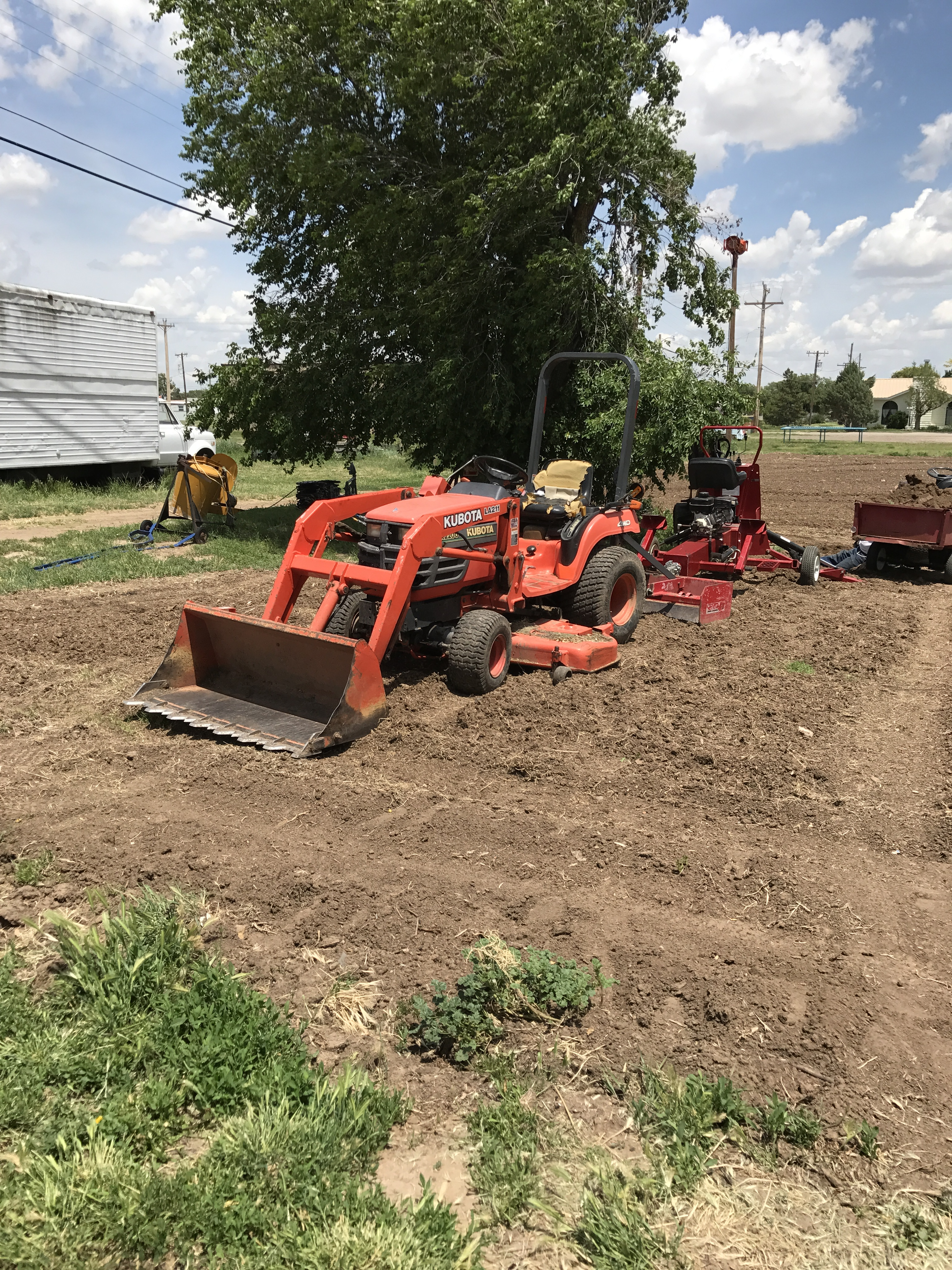 Tractor Knowledge (small farm forum at permies)