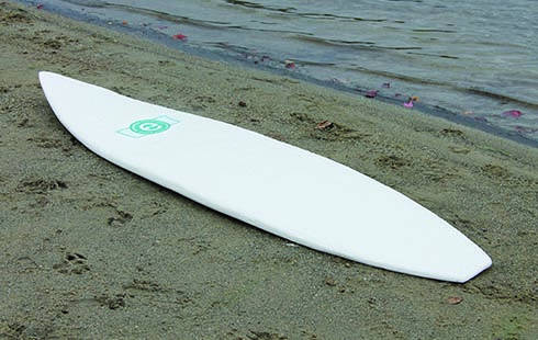 [Thumbnail for MYCELIUM-SURFBOARD_beach_Haute-Innovation.com.jpg]