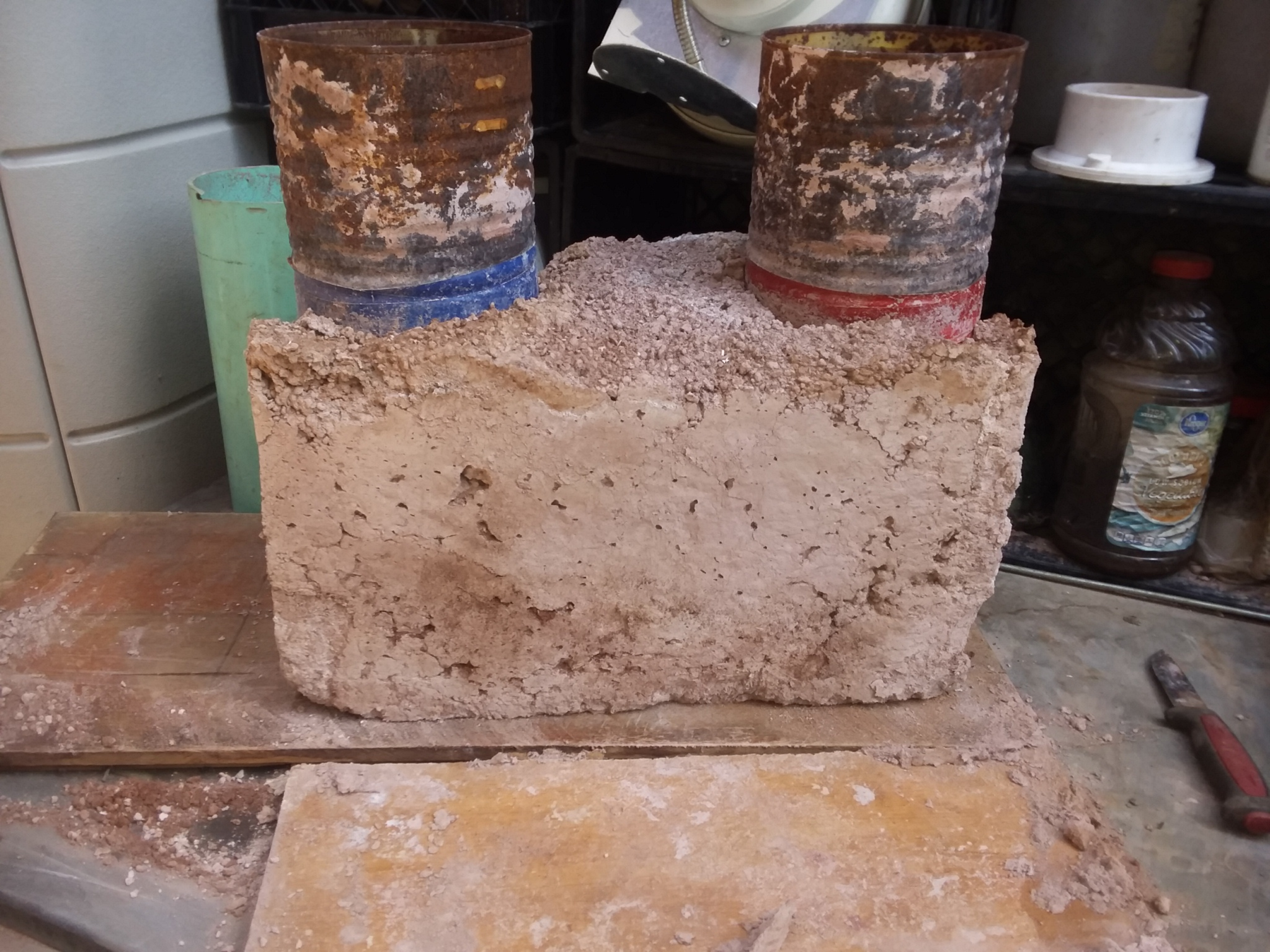 Unfinished clay and perlite core