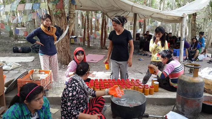 [Thumbnail for SECMOL-Apricot-jam-picnic-boiling-jars-by-NidhiSable.jpg]