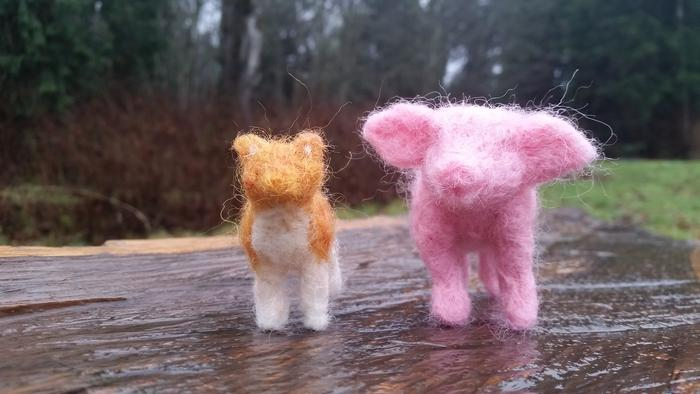 needle felted orange cat and pink pig
