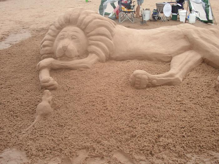 [Thumbnail for lion-king-at-sandsculpture-festival.jpg]