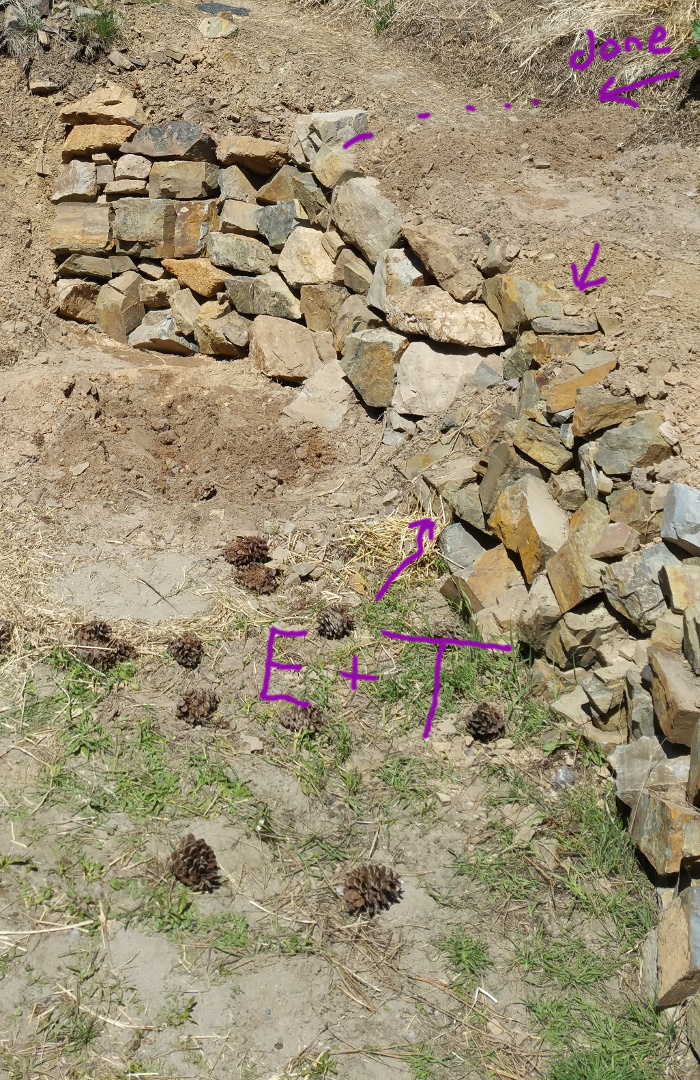 [Thumbnail for rock-retaining-wall-2.jpg]